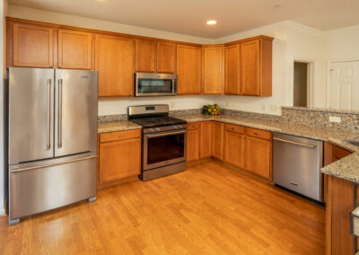 Heritage Orchard Hill 3 Bedroom Oakwood Kitchen with Stainless Steel Appliances and Granite Countertop in Perkasie, PA